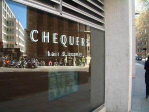 chequers holborn image
