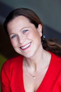 Nikki-Hutchinson- Career-Blogger