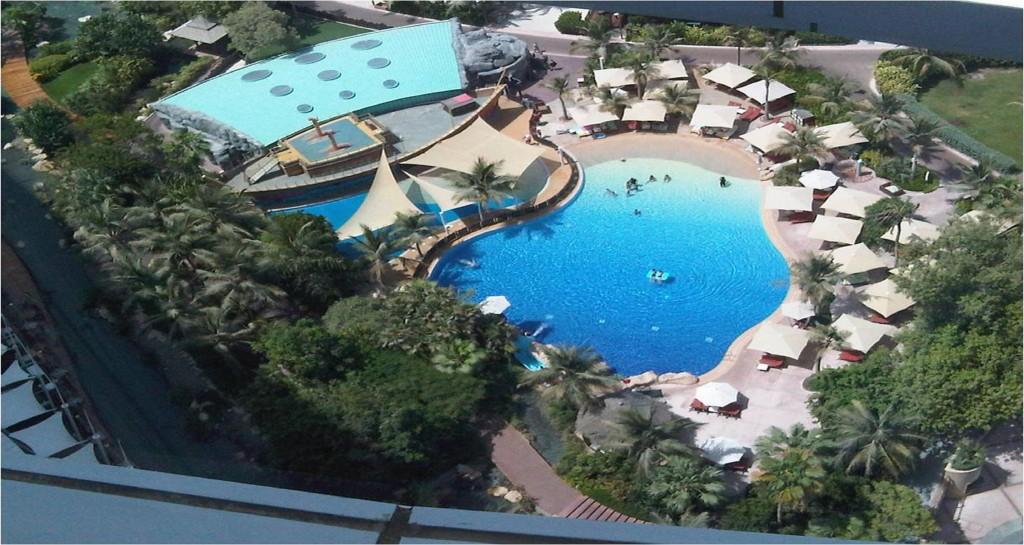 Dubai Jumeriah_beach_hotel_pools