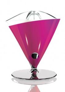 Amara Vita Electric Juicer in Lilac by Bugatti