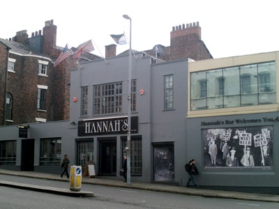 Hannahs bar featured