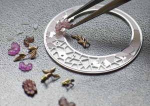 Making of Fabuleux Ornements Chinese Embroidery - 33580/000R-9904