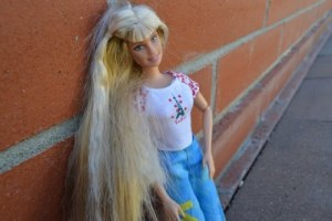 barbie-doll-937526_640