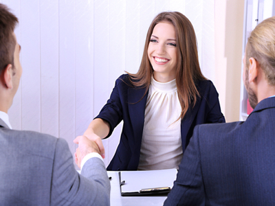 AGR urges women to apply for grad schemes