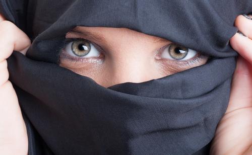 woman-wearing-a-burka-2