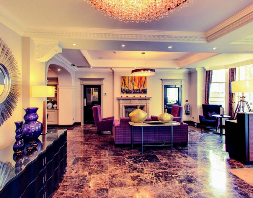 Rydges Hotel, Speak up like a diva