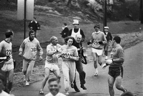 katherine switzer running the boston marathon
