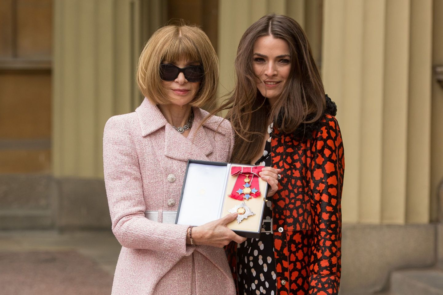 Editor Of Vogue Anna Wintour Is Made A Dame At Buckingham