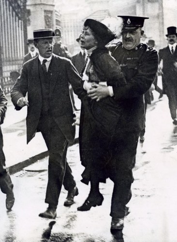 emmeline pankhurst votes for women